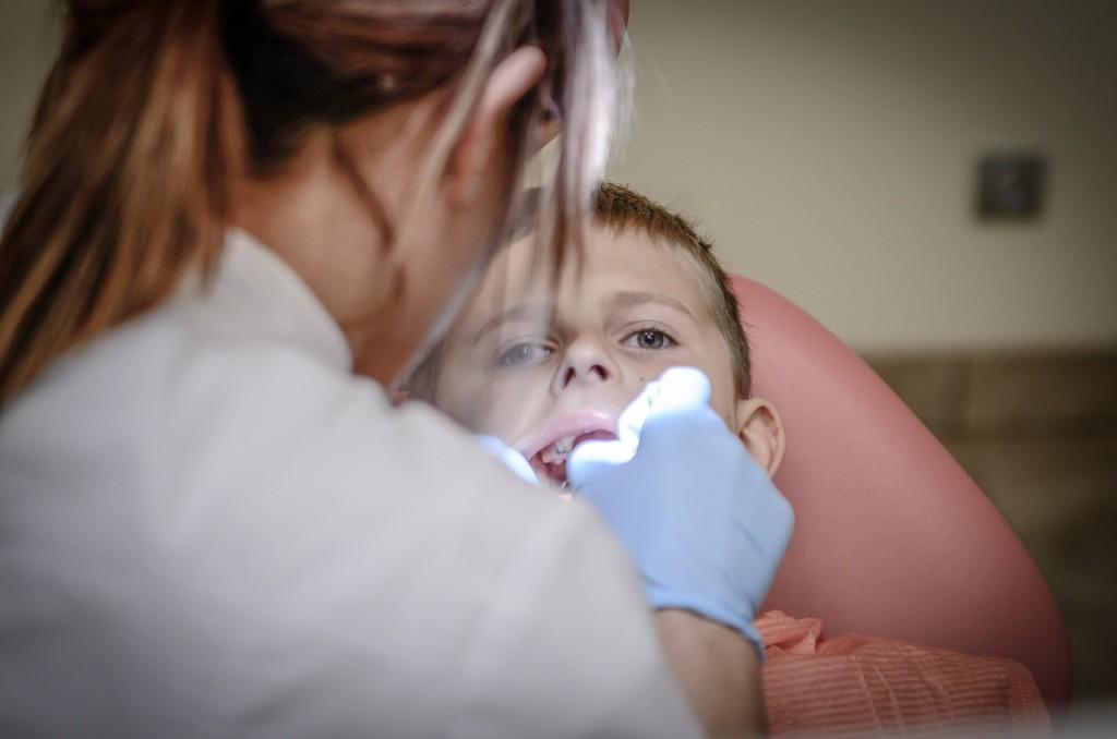 dziecięcy dentysta, zabieg